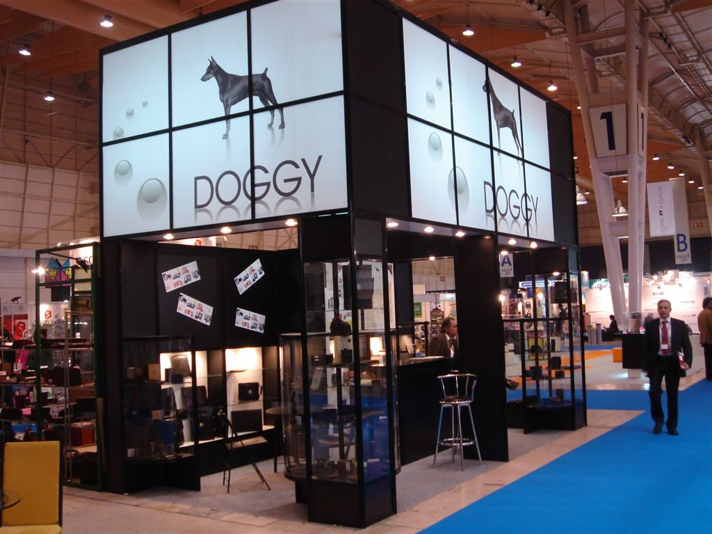 Doggy – Stand Design